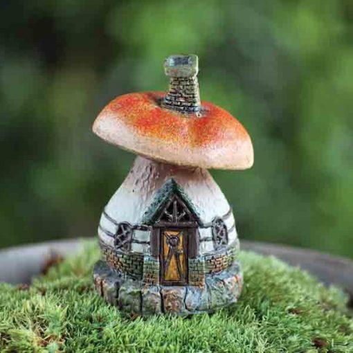 Malý hríbikový domček
